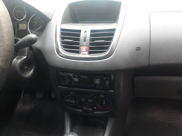 Peugeot 207 2009 - Foto 2