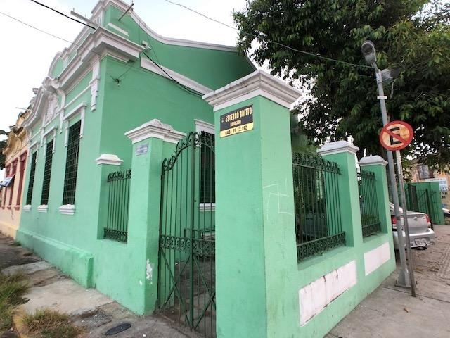Casa em avenida principal de Olinda para comércio, de esquina positiva - Foto 3
