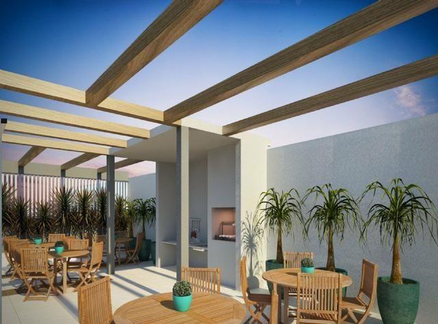 Apartamento 2 Dormitórios Com Varanda e Vaga de Garagem à 100mts da Estação - Foto 4
