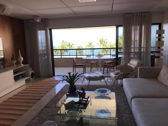 Apartamento na Ponta Verde ( 220 M2 )