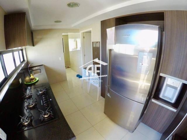Apartamento no Farol com 4/4 sendo 3 suítes - Ótima localização, ligue já - Foto 11