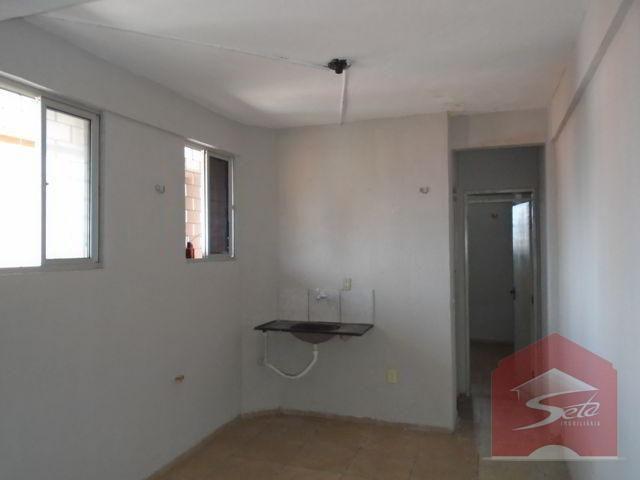 Apartamento para alugar, 30 m² por r$ 450/mês - f. brito -fortaleza/ce - Foto 2