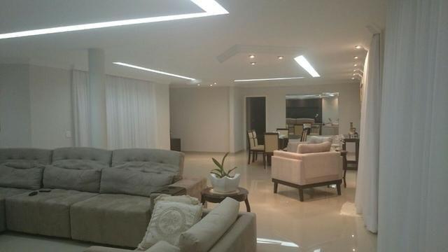 Samuel Pereira oferece: Magnífica casa térrea no Condomínio Mansões Entre Lagos com lazer - Foto 9