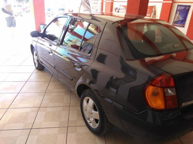 Renault clio sedan privilege 1.6 16v completo 2004 - Foto 9
