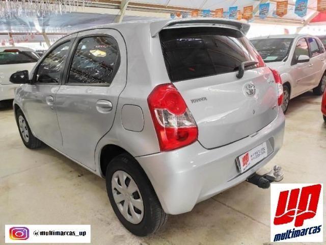 Toyota- Etios Hatch 1.5 XS - Foto 2