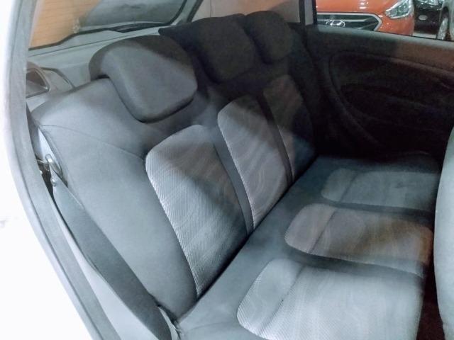 Fiat Punto Attractive 1.4 2011 novo!!! - Foto 7