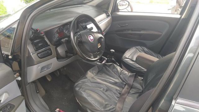 Fiat Línea - Foto 3