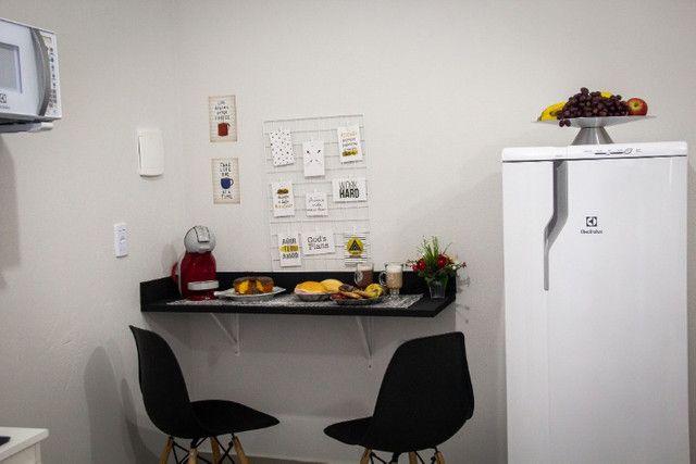 Kitnet novas mobiliadas - Foto 7