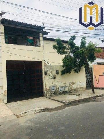 Imóvel com 3 casas no Conj. Ceará