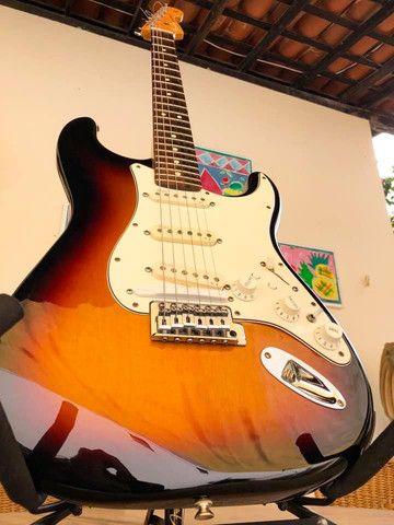 Guitarra fender MIM