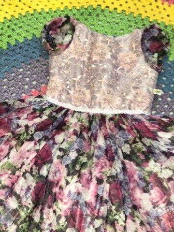 Vestido infantil florido de festa - Foto 2