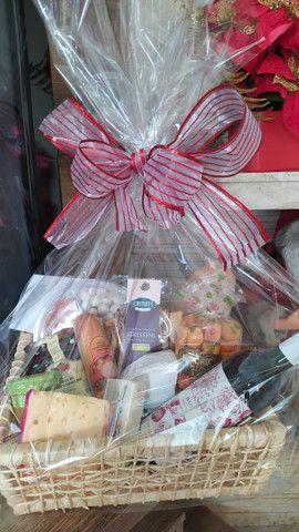 Cestas de aniversário - cestas de café da manhã - cestas de antepasto - cestas de queijos - Foto 6