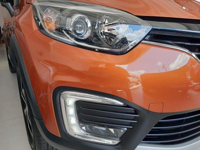 Renault Captur Intense 1.6 automatico CVT 2018 único dono. Revisões na concessionária. - Foto 18