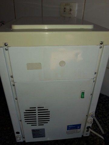 Bebedouro 110 voltagem - Foto 2