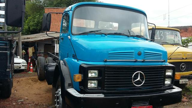 MB 1513 TRUCK ANO 82