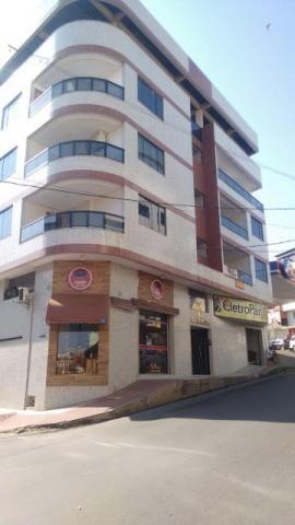 Pelegrine apart. 2 quartos, banheiro social, armários, varanda, 1 vaga, Campo Grande