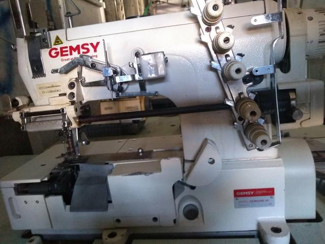 Vendo duas máquinas de costura industrial