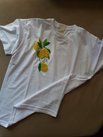 Camisetas bordadas - Roupas e calçados - Lidice b718d7cc06e7a