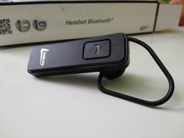 Headset Bluetooth Leadership