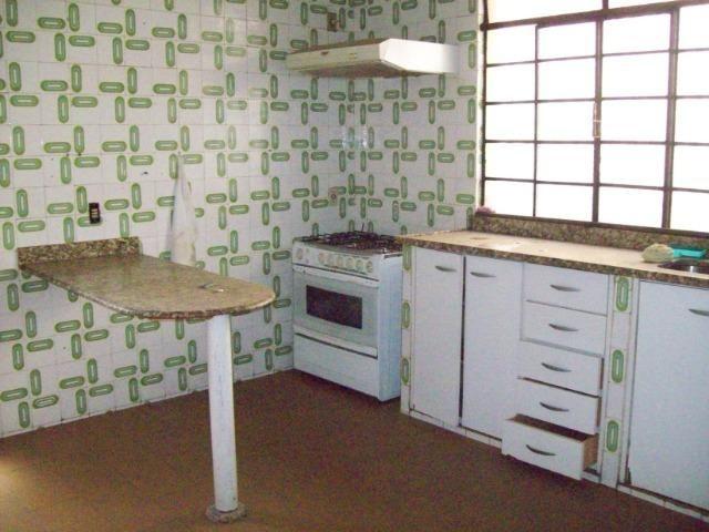 Casa colonial , 3 quartos , 4 vagas , habite-se , joão pinheiro , BH - Foto 7