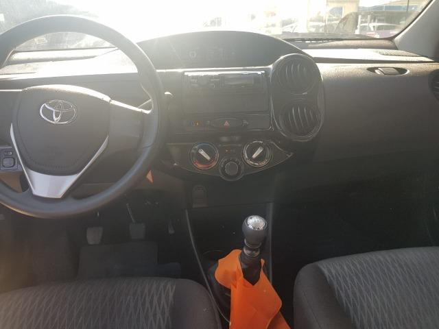 Etios X Sedan 1.5 Flex 16V Mec - Foto 7