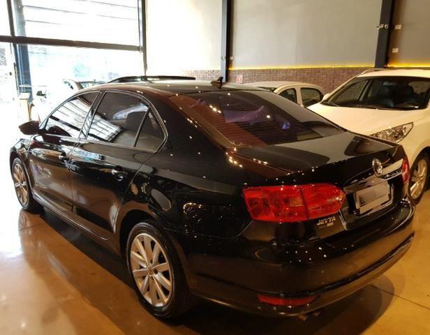 VW - Jetta Com Teto Solar - Foto 6
