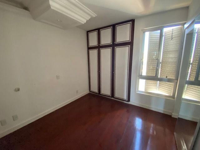 Apartamento possui 202 metros quadrados com 4 quartos em Setor Bueno - Goiânia - GO - Foto 11