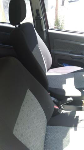 Ford Fiesta Mpi Class Hatch 8v 4p Manual KM 80.488 Única dona - Foto 13