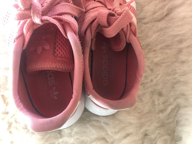 Tênis Adidas Rose pouco uso