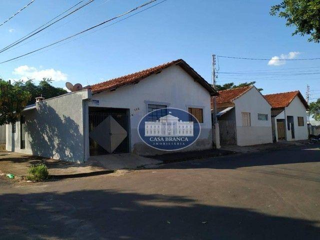 Terreno + casa antiga a 30 metros da avenida Baguaçu!