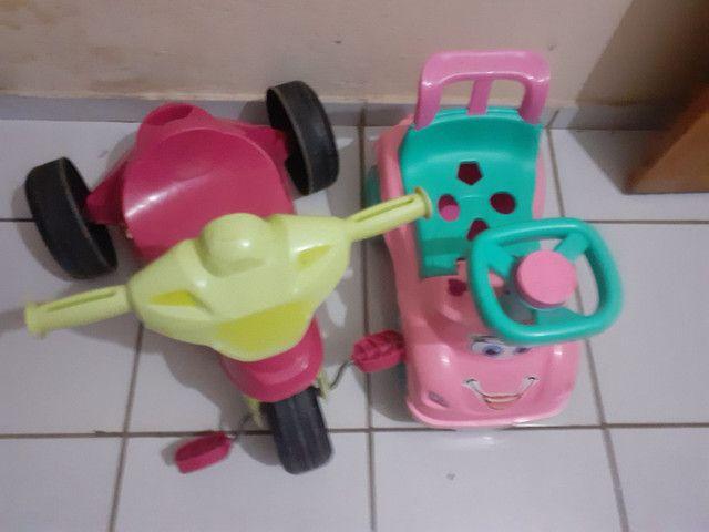 Triciclo e totoquinha ( brinquedos)