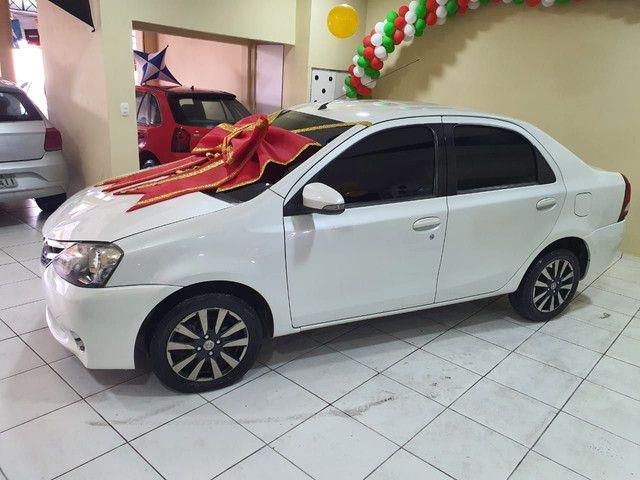 ¥ Etios sedan Platini 2015 .39.900¥  - Foto 8