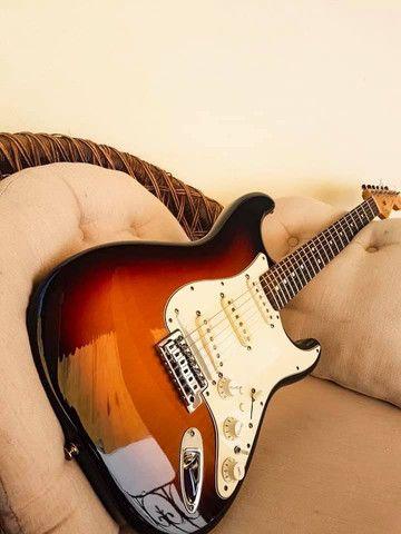 Guitarra fender MIM  - Foto 3