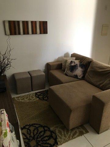 Sofá, tapete, quadro, 3 capas de almofada  - Foto 6