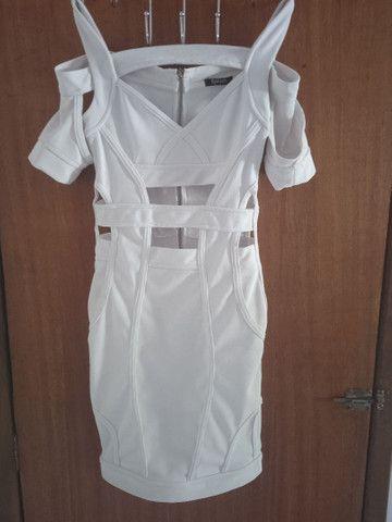 Vende-se vestido branco usado uma única vez - Foto 2