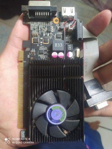 Placa de vídeo GT 720 2G + memória RAM - Foto 3