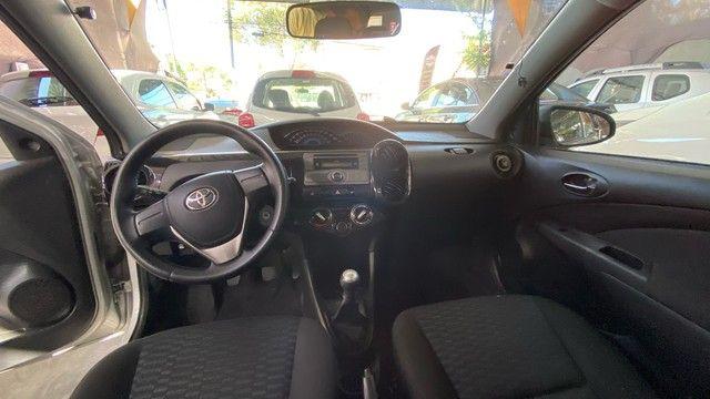 Toyota Etios x 1.3 flex  2015( Veículo todo revisado ) - Foto 4