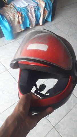 Vendo 2 capacete por 60 - Foto 2