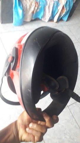 Vendo 2 capacete por 60 - Foto 3