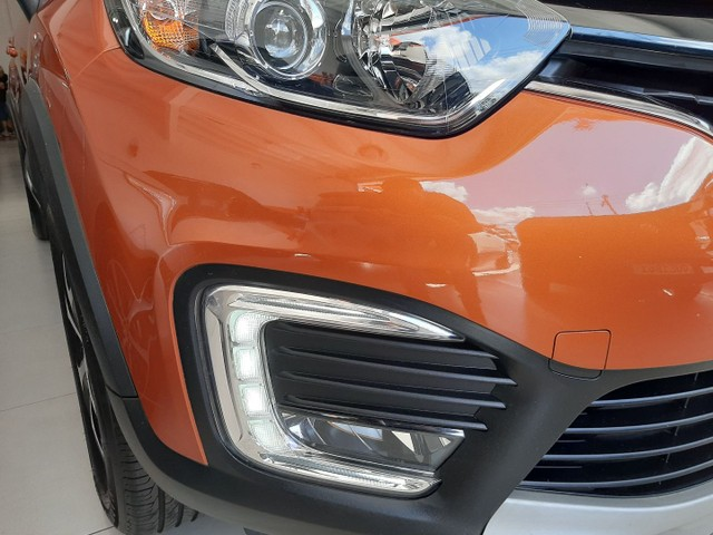 Renault Captur Intense 1.6 automatico CVT 2018 único dono. Revisões na concessionária. - Foto 17