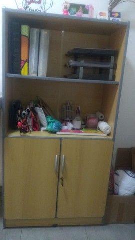 Mesa com gaveta - Móveis de Escritório - Foto 2