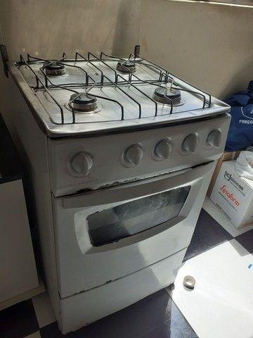 Armário de cozinha e fogão  - Foto 3