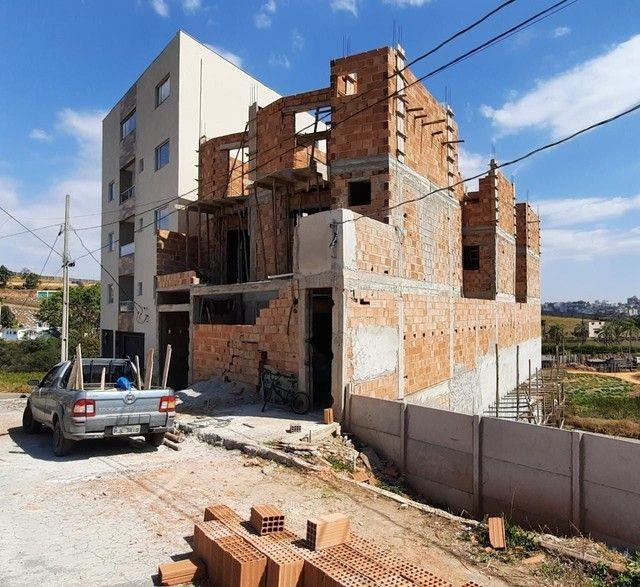 Apartamento à venda com 2 dormitórios em Novo horizonte, Conselheiro lafaiete cod:13469