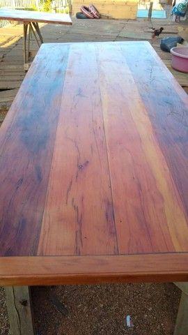 Mesa com bancos ou 8 banquetas madeira demolição peroba rosa a pronta entrega  - Foto 6