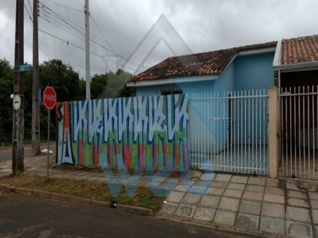 Casa de esquina no Rio Bonito / Campo de Santana