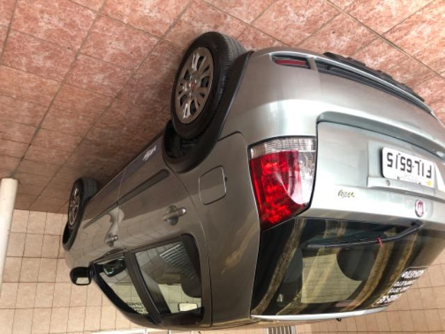 Fiat Palio 2015 impecável - Foto 6