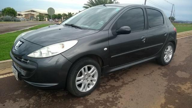 Peugeot 207 HB XR 2010/11