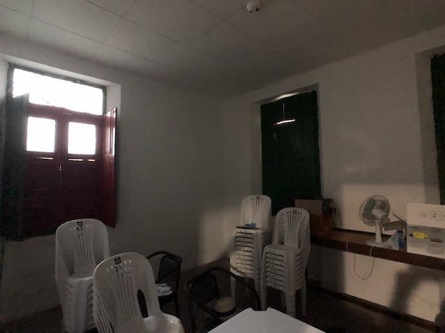Casa em avenida principal de Olinda para comércio, de esquina positiva - Foto 11