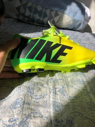 Chuteira mercurial Nike