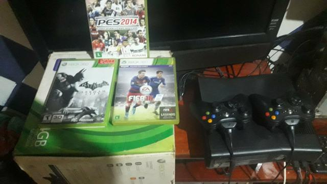 Xbox 360 semi novo na caixa original